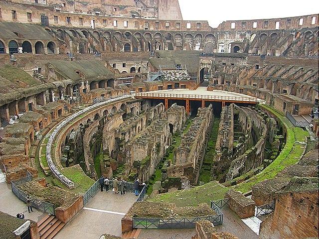 galerias subterrâneas do Coliseu